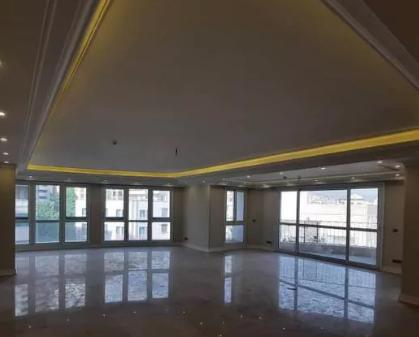 ۱۵۰متر آپارتمان طبقات بالا. تراس بزرگ قابل چیدمان