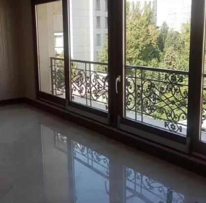 آپارتمان ۱۹۰ متری زعفرانیه