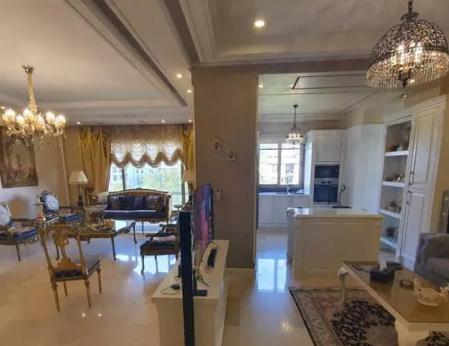 آپارتمان ۱۸۰ متری محمودیه