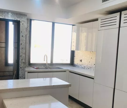 ۲۲۰ متر آپارتمان کلید نخورده زعفرانیه